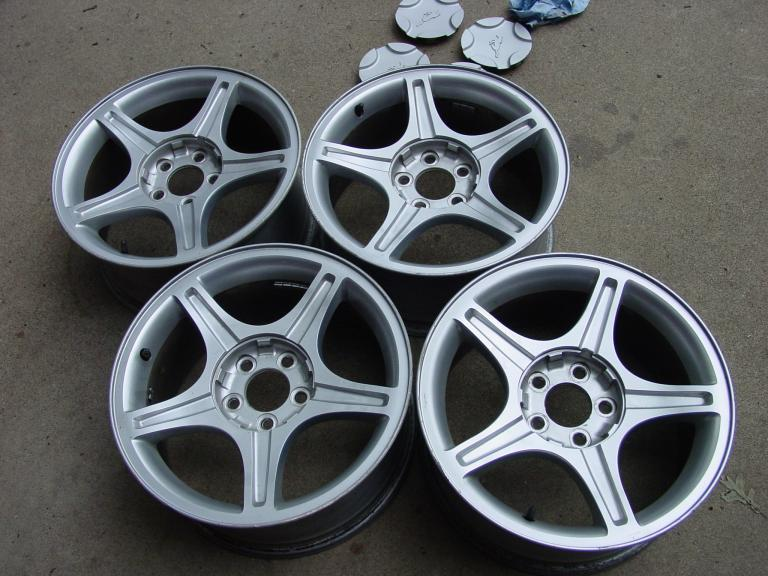 1999 2001 Mustang Gt Wheels Full Set With Center Caps