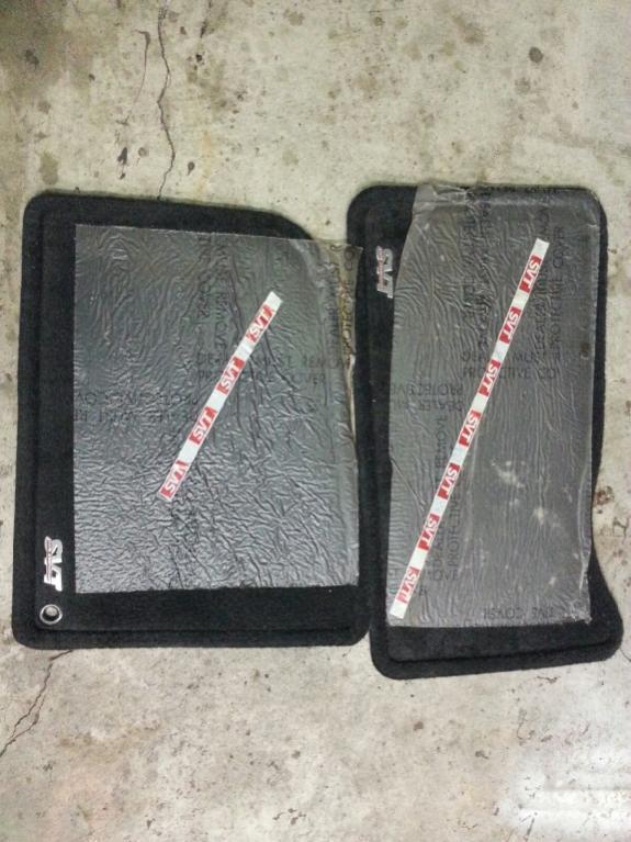03 cobra 10th anniversary floor mats brand new for 03 cobra floor mats